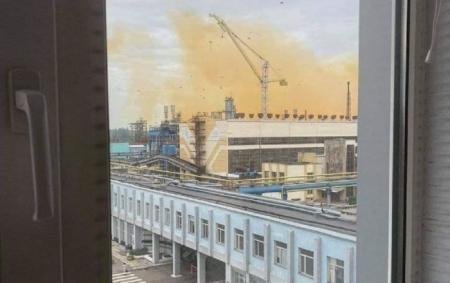 Хімік розповів, чим небезпечний газ, який витік на заводі під Рівним
